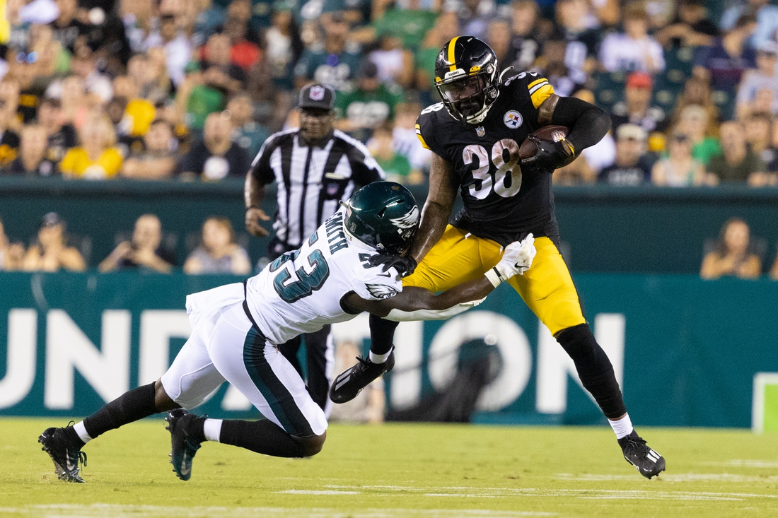 Aug 12, 2021; Philadelphia, Pennsylvania, USA; Pittsburgh Steelers running back Jaylen Samuels (38) makes a catch against Philadelphia Eagles linebacker Rashad Smith (53) during the third quarter at Lincoln Financial Field. Mandatory Credit: Bill Streicher-USA TODAY Sports
