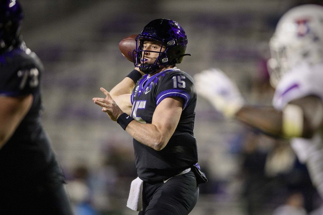 Dec 12, 2020; Fort Worth, Texas, USA; TCU Horned Frogs quarterback Max Duggan (15) passes against the Louisiana Tech Bulldogs during the first half at Amon G. Carter Stadium. Mandatory Credit: Jerome Miron-USA TODAY Sports