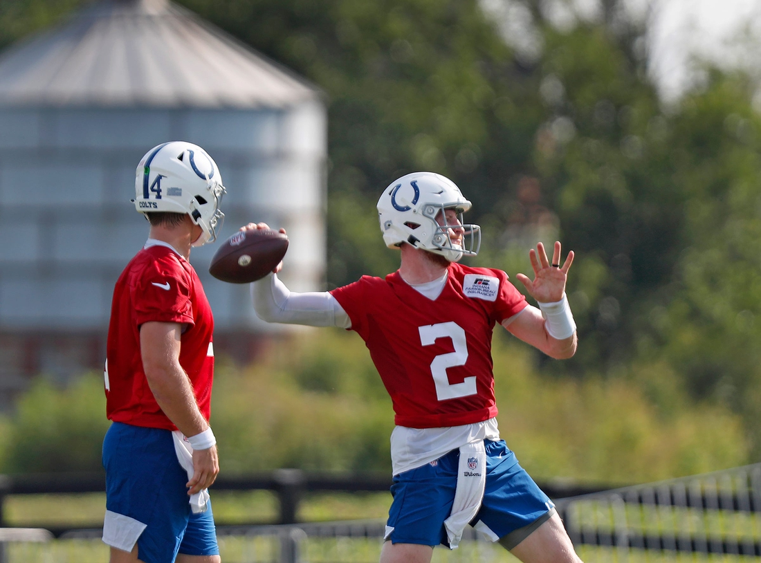 Quarterback Carson Wentz (#2), right, runs drills as he returns to Colts camp practice Monday, Aug. 23, 2021 at Grand Park Sports Campus in Westfield.  Colts Camp Practice Continues At Grand Park Sports Campus In Westfield Monday Aug 23 2021