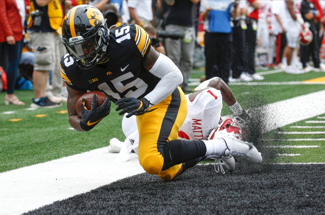 Iowa junior running back Tyler Goodson runs into the end zone for a touchdown in the first quarter against Indiana at Kinnick Stadium in Iowa City on Saturday, Sept. 4, 2021.  20210904 Iowavsindiana