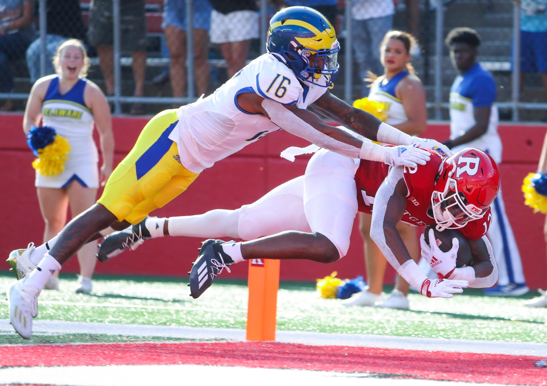 Delaware defensive back Nijuel Hill (16) can't stop Rutgers' Brandon Sanders on a second quarter touchdown reception at SHI Stadium in Piscataway, NJ, Saturday, Sept. 18, 2021.  Ud At Rutgers