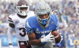 Memphis Tigers receiver Calvin Austin III breaks into the endzone on a 25-yard catch against Mississippi State Bulldogs at Liberty Bowl Memorial Stadium on Saturday, Sept. 18, 2021.  Jrca5451