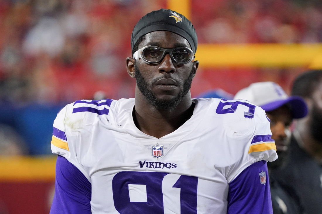 Aug 27, 2021; Kansas City, Missouri, USA; Minnesota Vikings defensive end Stephen Weatherly (91) on the sidelines during the game against the Kansas City Chiefs at GEHA Field at Arrowhead Stadium. Mandatory Credit: Denny Medley-USA TODAY Sports