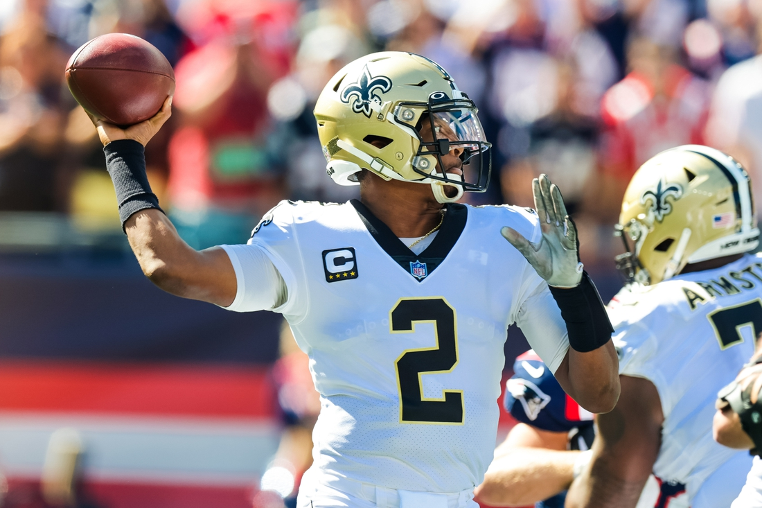 Sep 26, 2021; Foxborough, Massachusetts, USA;  New Orleans Saints quarterback Jameis Winston (2) passes the ball against New England Patriots during the first half at Gillette Stadium. Mandatory Credit: Stephen Lew-USA TODAY Sports