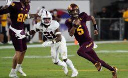 Oct 8, 2021; Tempe, Arizona State Sun Devils quarterback Jayden Daniels (5) runs for a touchdown against Stanford during PAC-12 action at Sun Devil Stadium. Mandatory Credit: Rob Schumacher-Arizona Republic  Ncaa Football Stanford At Arizona State