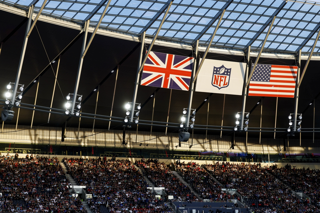 Oct 10, 2021; London, England, United Kingdom; A general view as fans watch a game featuring the Atlanta Falcons and New York Jets at Tottenham Hotspur Stadium. Mandatory Credit: Nathan Ray Seebeck-USA TODAY Sports