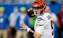 Cincinnati Bengals quarterback Joe Burrow (9) throws a pass in the second quarter of the NFL Week 6 game between the Detroit Lions and the Cincinnati Bengals at Ford Field in Detroit on Sunday, Oct. 17, 2021. The Bengals led 10-0 at halftime.  Cincinnati Bengals At Detroit Lions Week 6